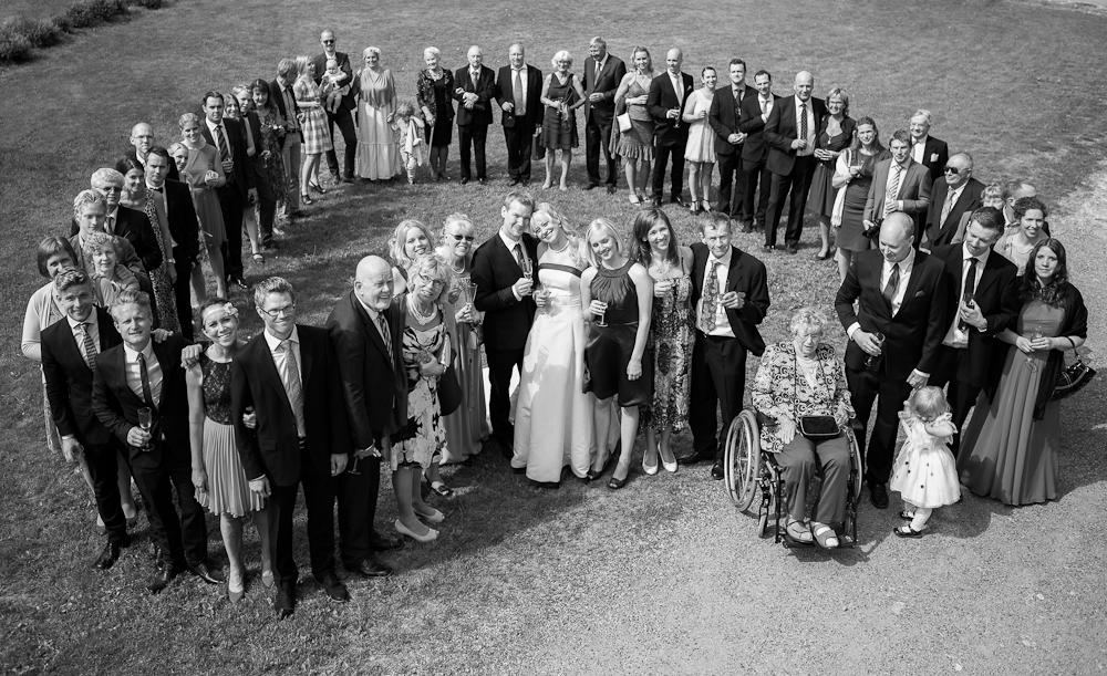 Gruppbild på bröllop